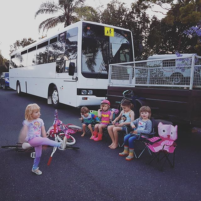 Hanging out with Bronte the bus. The boys having dinner on the street with some of their neighbourhood gang last night. We're lucky enough to live at the end of a cul-de-sac, with lots of awesome neighbours! It's been a rainy old week in Brisbane but there's been some progress inside the bus. Stay tuned for more photos soon. And be watching out for our first video blog (coming soon)! #busconversion #buslife #bus #tinyhouse #skoolie #skoolieconversion #vanlife #offgrid #busbuild #rvlife #busnut #busrollwithit #livesmaller #nomad #happycamper #wander #wanderlust #homeiswhereyouparkit #ontheroad